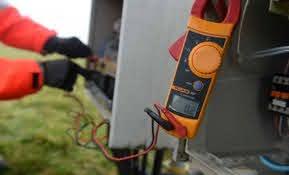 hướng dẫn đo dòng rò bằng ampe kìm